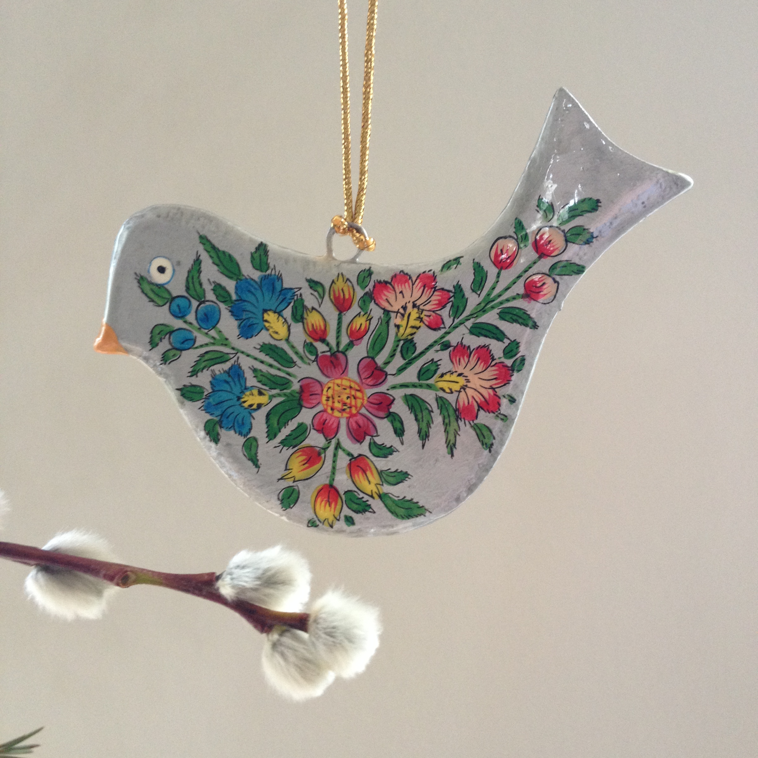 Hand painted papier mache silver bird decoration for for Papier mache decorations