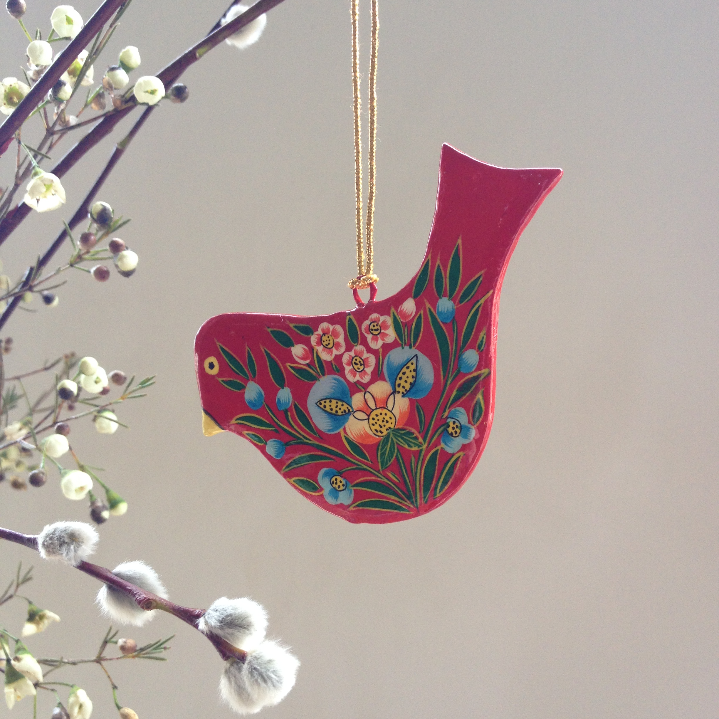 Hand painted papier mache red bird decoration jasmine white for Papier mache decorations